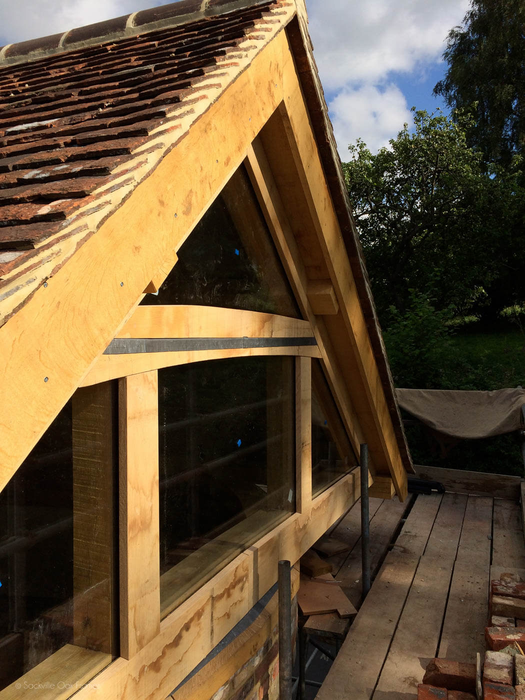 Sackville Oak Frames - Oak Framed Roof - Restoration Project - Building With Glass